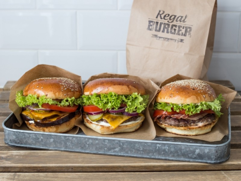Regal Burger